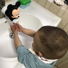 Śliczne przedłużacz do kranu oszczędzania wody Cartoon kran rozszerzenie narzędzie pomóc dzieciom mycie rąk łazienka narzędzia k