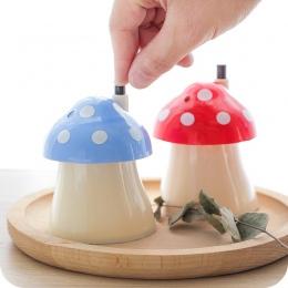 New Arrival kreatywny dom i w kształcie grzyba automatyczny pojemnik na wykałaczki kieszonkowy mały pojemnik na wykałaczki