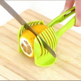 1 PC plastikowe zielony ręczny krajalnica krajalnica do pomidorów owoce Cutter Tomato Lemon Cutter asystent uchwyt do gotowania