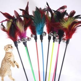 1 sztuk Hot sprzedaż zabawki dla kota, kot kij pióro z mały dzwon naturalne, takich jak ptaki losowy kolor czarny kolorowe słup