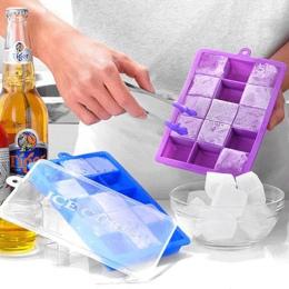 Z pokrywką DIY kreatywny duży silikonowy taca na kostki lodu kwadratowy kształt kostki lodu formy maszyna do lodów owocowych bar