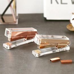 Luksusowe złota róża złoty zszywacz ręczny moda Metal akrylowe zszywacz 24/6 26/6 to 1000 sztuk zszywki grapadora papelaria