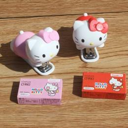 1 sztuk różowy/czerwony kotek artykuły papiernicze dla dzieci cartoon mini śliczne przenośny zszywacz zszywacz zestaw