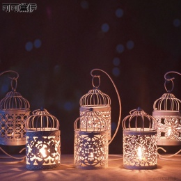 1 PC biały Hollow świecznik Tealight wisząca latarenka klatka dla ptaków rocznika kutego nowy