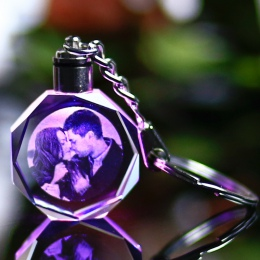 Dostosowane pamiątki prezent dekoracji kształt serca K9 kryształ zdjęcia ramki grawerowania laserowego dla kochanka dla dzieci d