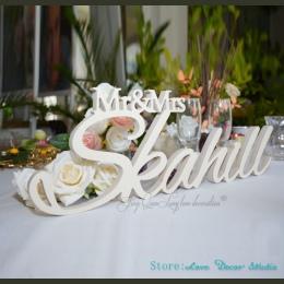 Pan i pani ostatnie nazwa tabeli znak spersonalizowany znak ślubu pan i pani poseł znak dekoracje ślubne