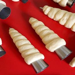 Najnowszy! 5 sztuk/partia stożki do pieczenia ze stali nierdzewnej Spiral rogalik róg chleb ciasta podejmowania ciasto formy nac