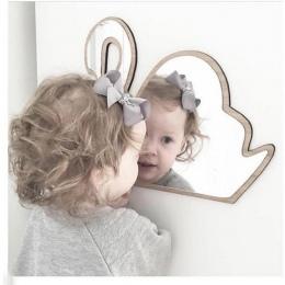 Dla dzieci sypialnia przedszkole dekoracje nietłukące akrylowe lustro ścienne Bunny korona serce motyl w chmurze ogród lustro śc