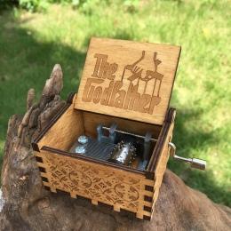 24 stylu antyczne rzeźbione Music Box ojciec chrzestny Music Box gwiezdne wojny drewniane korby ręczne motyw muzyczny Caixa De M