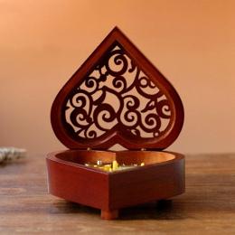 Kreatywny w kształcie serca Vintage drewno rzeźbione mechanizm pozytywka wiatr Up Music Box prezent na boże narodzenie/urodziny/