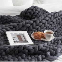 Duże miękkie ręcznie Chunky dzianiny pledy na zimowe łóżko kanapa samolot grubej przędzy Knitting rzuć 16 kolory rozkładana okła