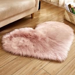 Miłość serce dywany sztuczne futro kożuch włochaty dywan sypialnia salon Decor miękkie włochaty dywan typu shaggy