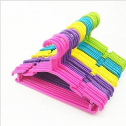 10 sztuk/partia dla dzieci wieszaki na ubrania z tworzywa sztucznego na zewnątrz stojak do suszenia dla dzieci odzież dla dzieci