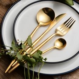 Gorąca sprzedaż 4 sztuk/zestaw czystego złota europejskiej stołowe obiadowy nóż 304 zachodniej sztućce ze stali nierdzewnej kuch